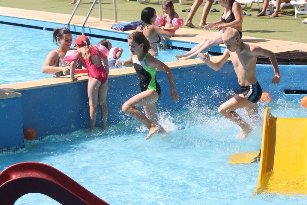 jeux piscine (Copier)